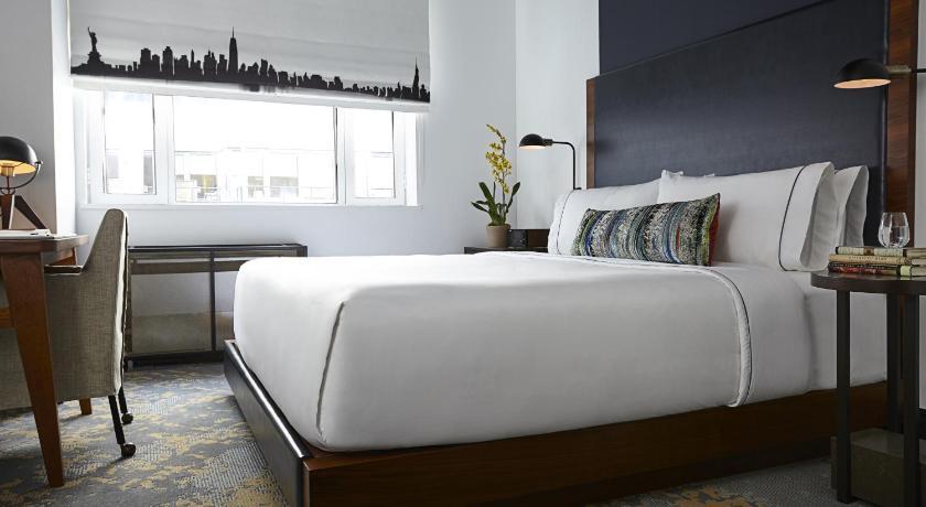Hotel The Renwick New York City Ny Booking Com