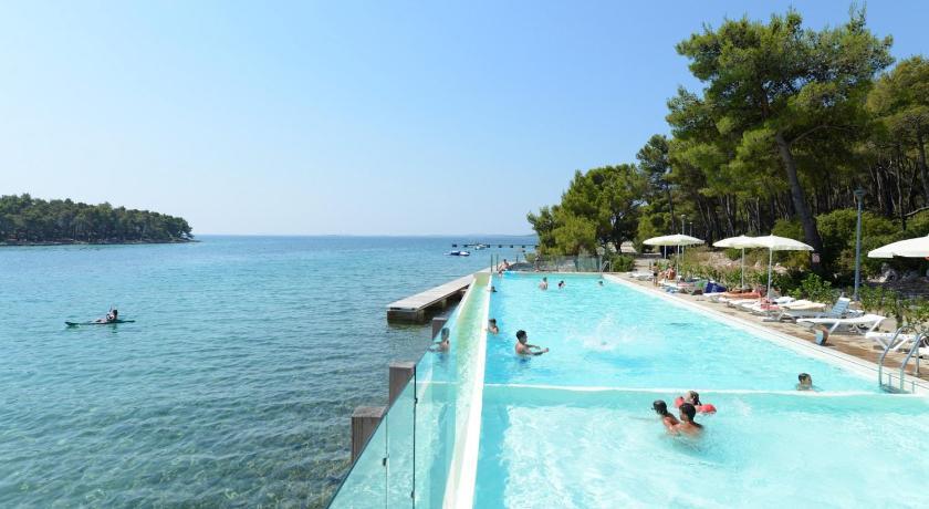 Resort Crvena Luka Apts Kroatien Wei 223 Enburg Booking Com