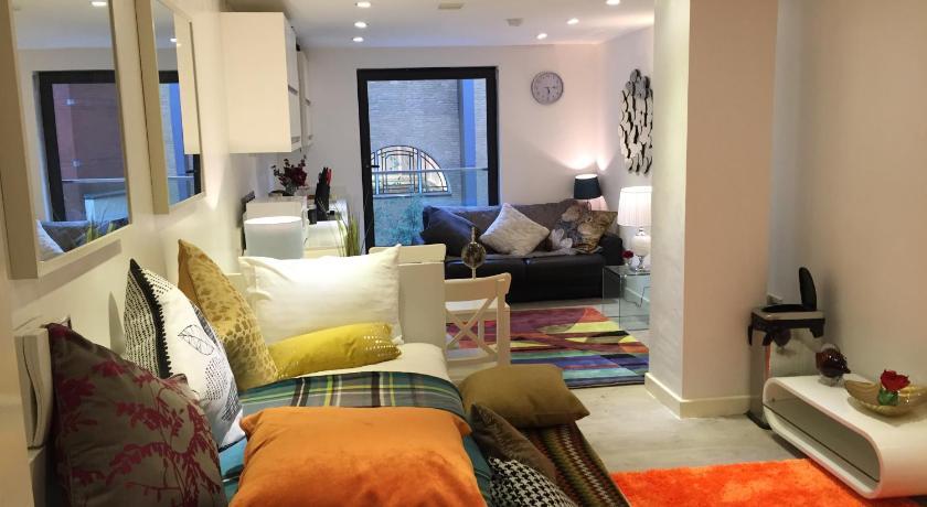 London Escorts Near Flower Apartments