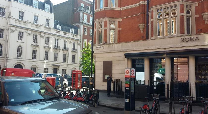 London Escorts Near Green Street Apartment