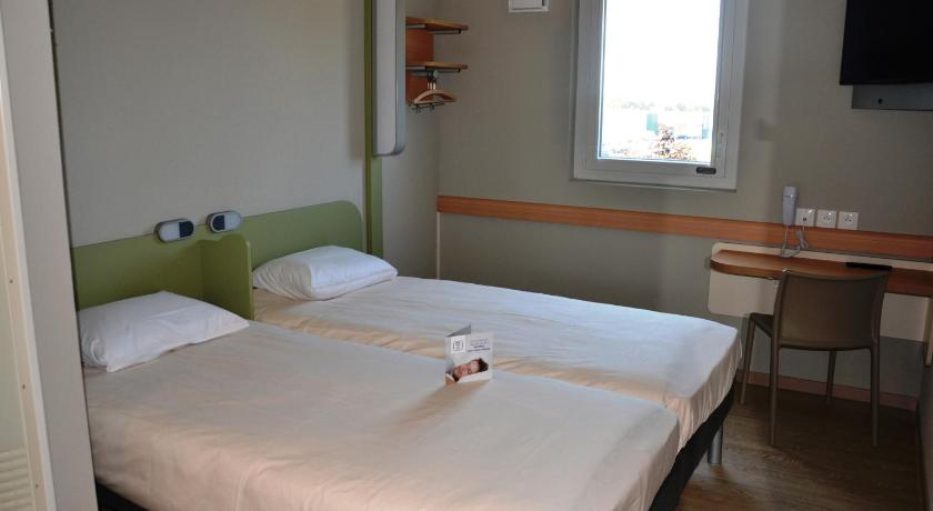 Ibis budget chalon sur saone nord for Chambre ibis budget