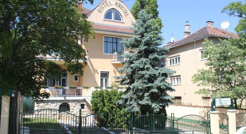 Villa Hotel Kristal (Budapest)