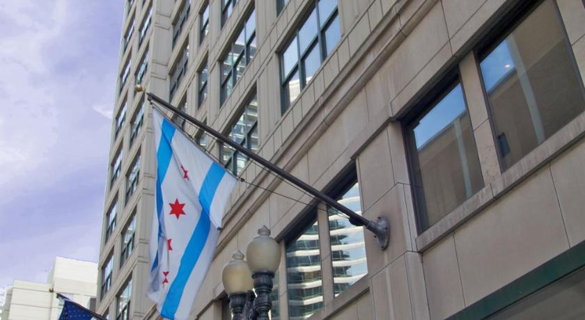 Hampton Inn & Suites Chicago-Downtown (Chicago)