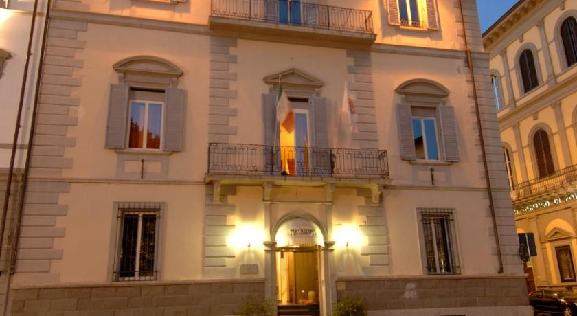 Hotel malaspina italie florence for Reservation hotel italie