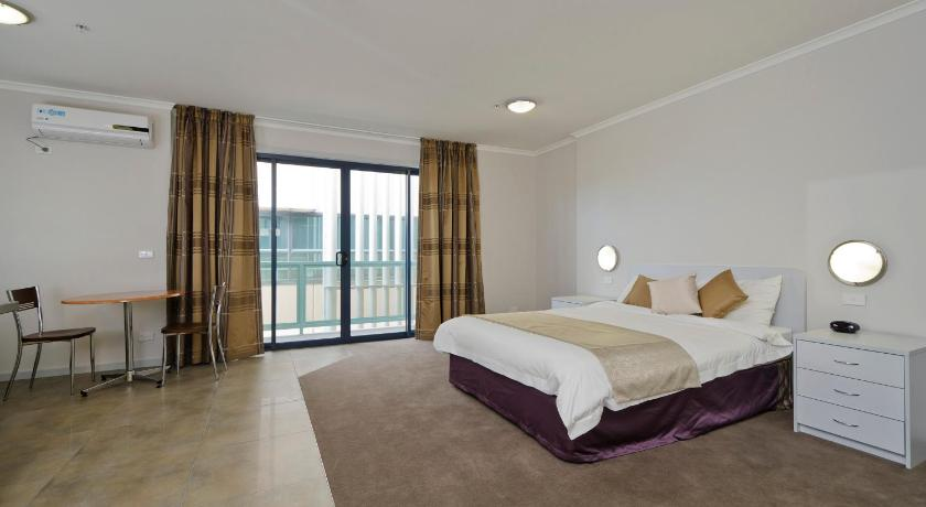 Lygon Lodge Inn Apartments