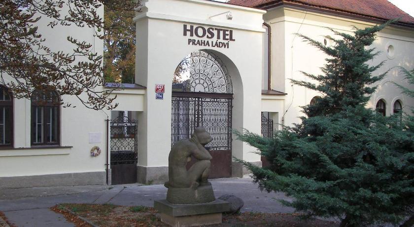 Hostel Praha Ládví in Prag