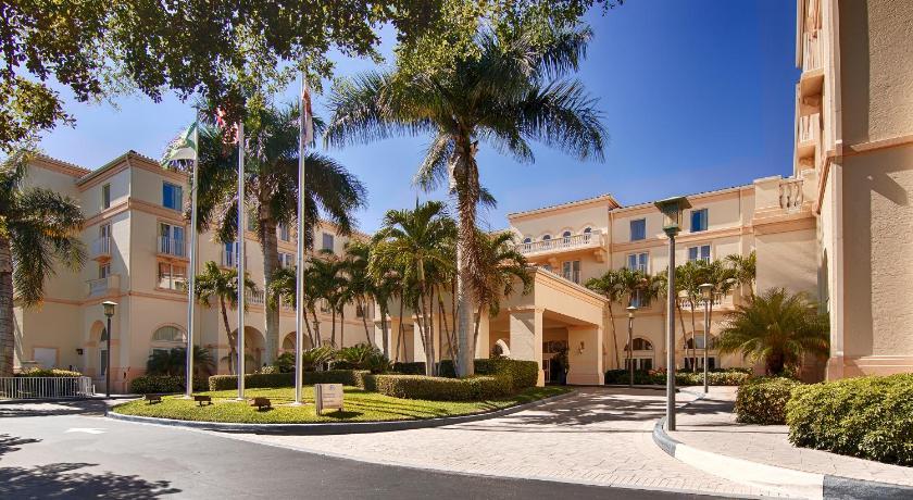 Hilton Naples Picture
