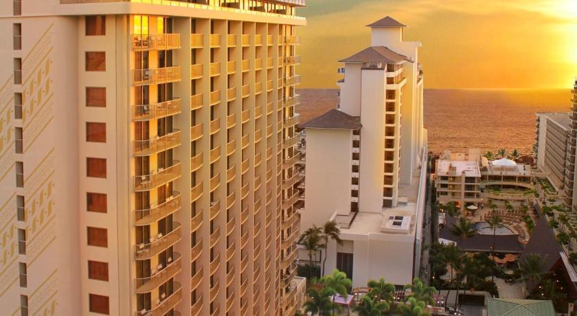 ハワイ,ホノルル,エンバシー スイーツ ワイキキ ビーチ ウォーク(Embassy Suites Waikiki Beach Walk)