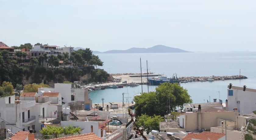 Kerasies Studios, Hotel, Patitiri ,Santorini, 37005, Greece