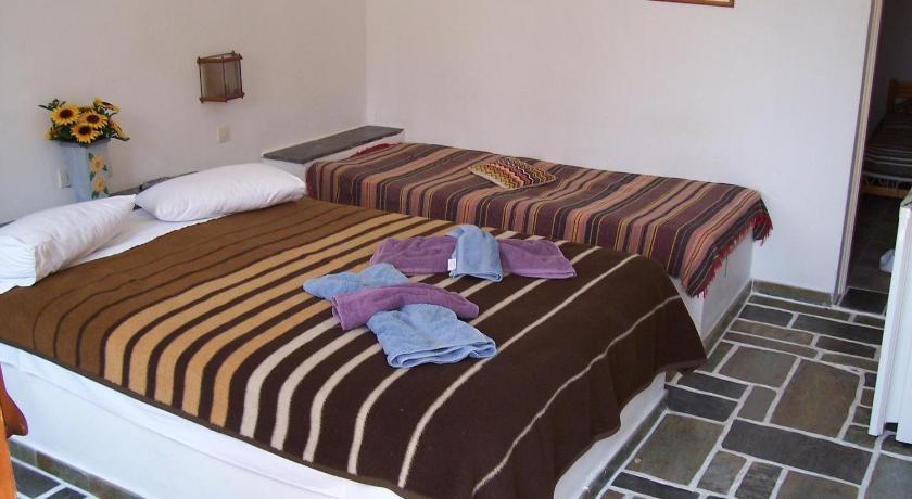 Pension Irini-Vicky, Hotel, Gialos, Ios Chora, 84001, Greece