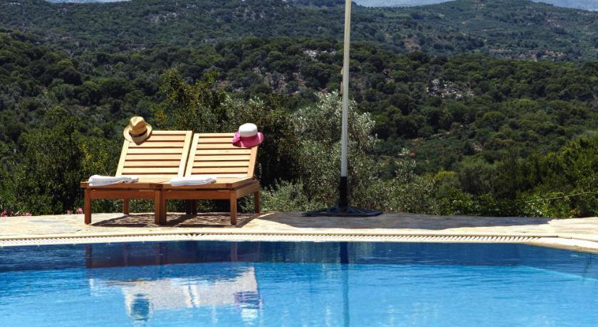 Aposperitis  Apartments, Apartment, Mylopotamos, Rethymno, 74054, Greece