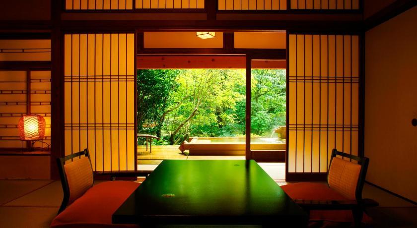 日本,静岡,伊豆,源泉かけ流しの湯 御宿 さか屋(Onjuku Sakaya)
