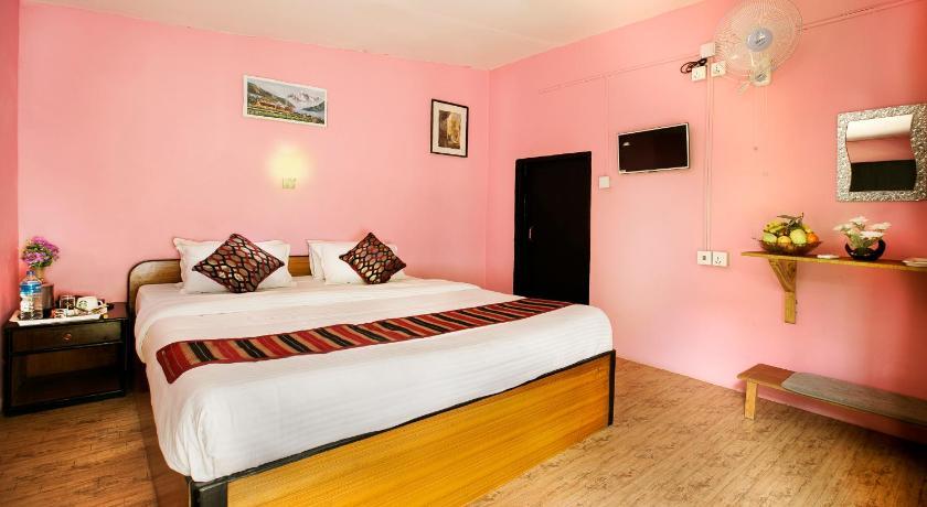 Hotel in Sauraha Chitwan Standard Single Room Rate