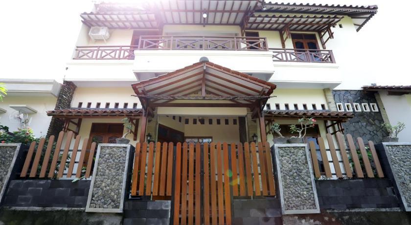 Griya Kedasih Guesthouse