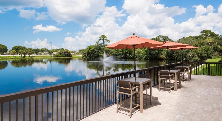 Hampton Inn Bonita Springs/Naples-North Picture
