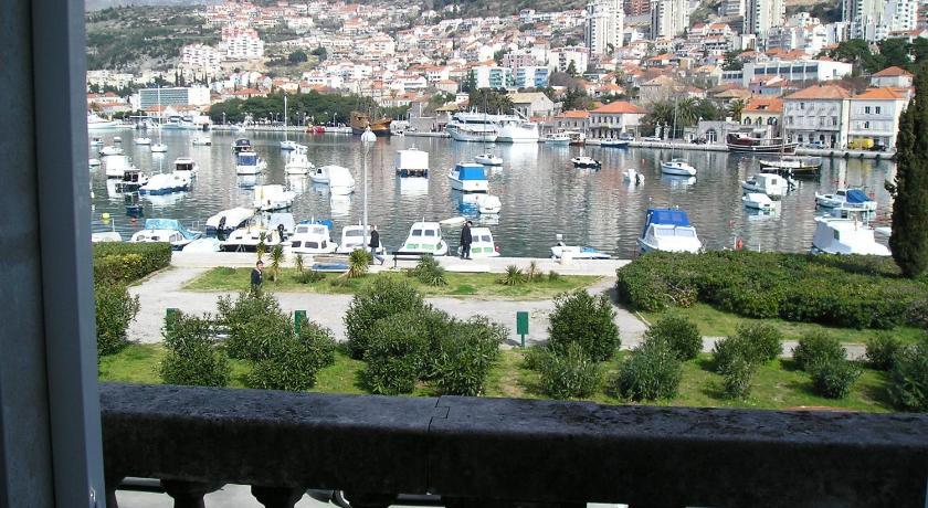 Apartments Batala (Dubrovnik)