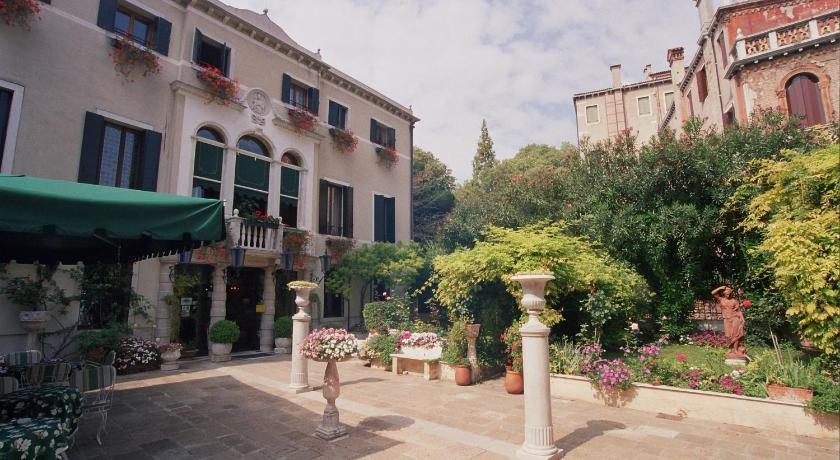 Pensione Accademia - Villa Maravege (Venedig)