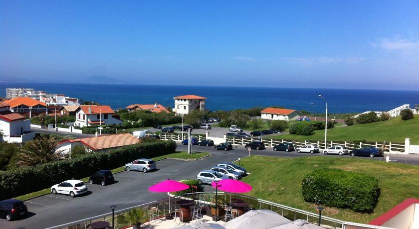 Vue sur l'océan depuis l'hôtel