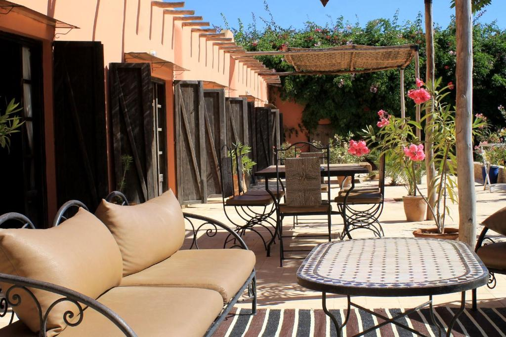 Maison marocaine agadir book your hotel with viamichelin for Au maison oilcloth uk