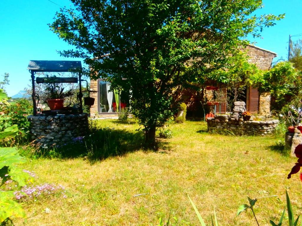 Jadis et jardin d 39 hesp rides casas de vacaciones bourdeaux for Au jardin des hesperides