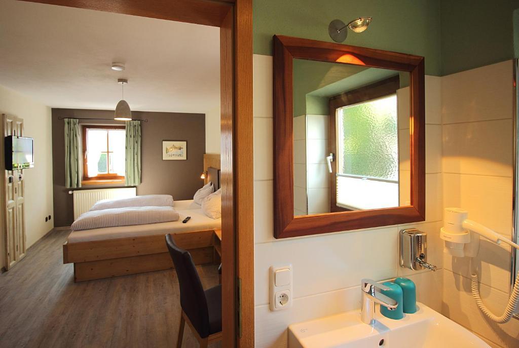 g stehaus alpin siegsdorf prenotazione on line viamichelin. Black Bedroom Furniture Sets. Home Design Ideas
