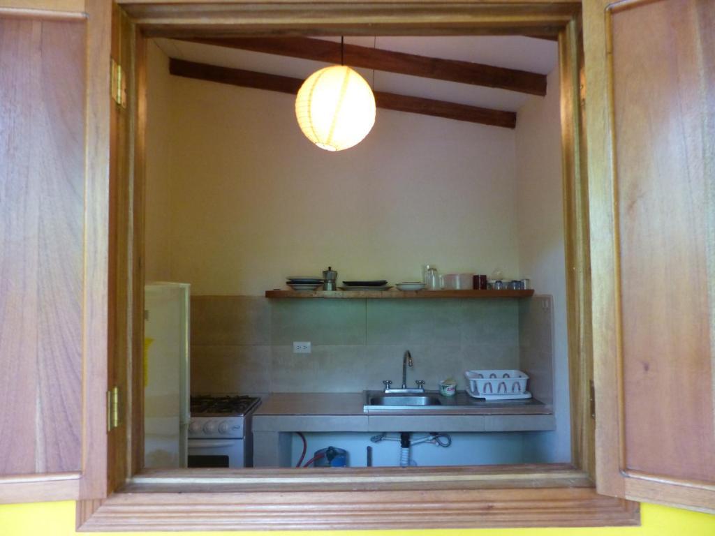 Cabinas Lunatica Puerto Viejo # Muebles Puerto Viejo