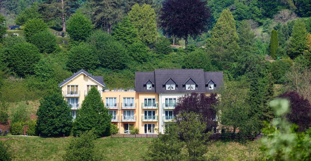 Hotels In Trassem Deutschland