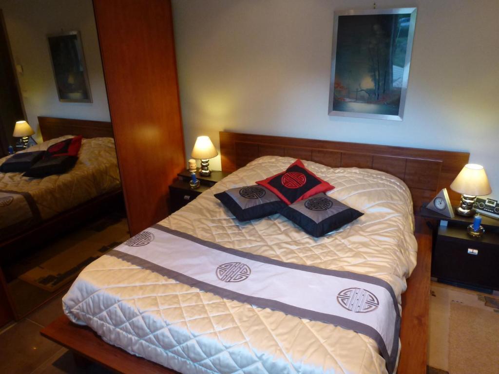 Chambres d 39 h tes villa des 2ll chambres d 39 h tes grasse - Chambre notaire alpes maritimes ...