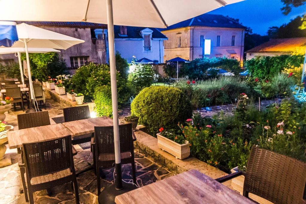 H tel de france et de russie r servation gratuite sur for Hotel de france booking