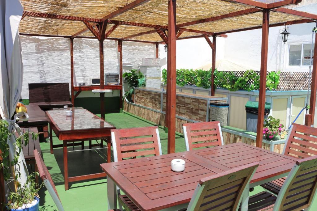 Summer c diz c diz reserva tu hotel con viamichelin - Casa patio del panadero ...