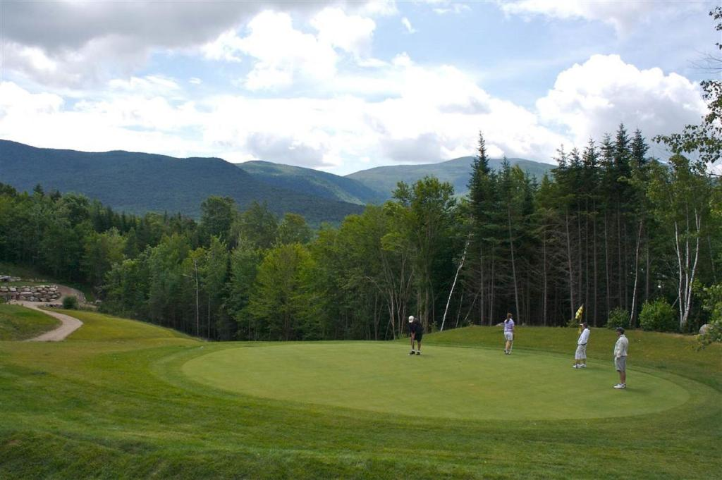 waterville valley online dating Black bear lodge in waterville valley on hotelscom and earn rewards nights collect 10 nights get 1 free read 39 genuine guest reviews for black bear lodge.