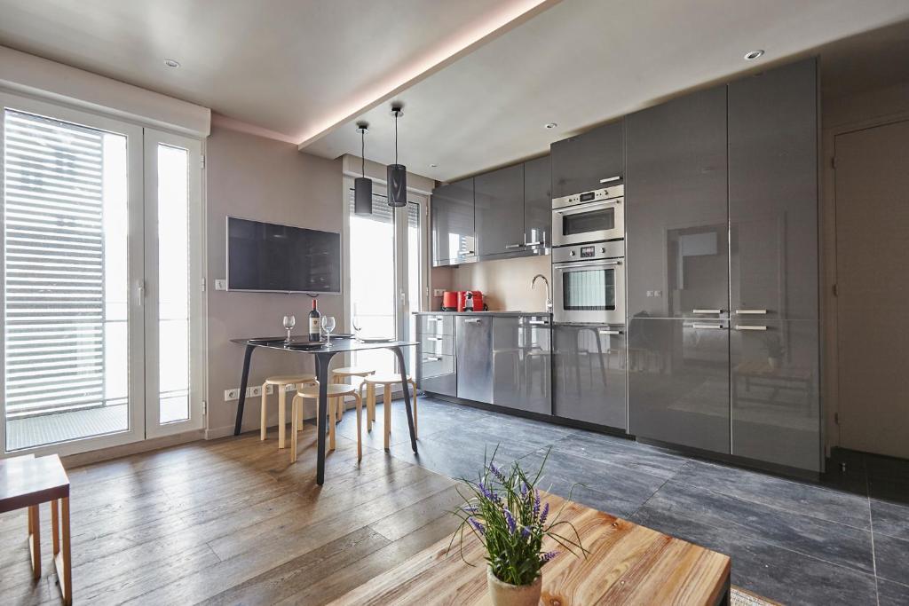 Appartement cardinet r servation gratuite sur viamichelin for Hotels 75017