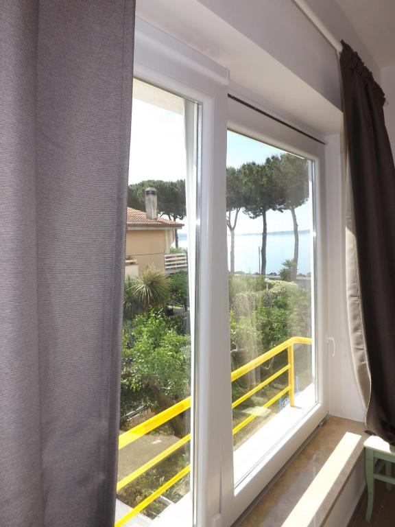 Beautiful B&b La Terrazza Sul Lago Trevignano Romano Pictures ...