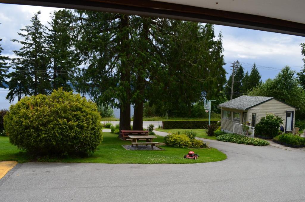 Seaside Villa Motel Rv Park