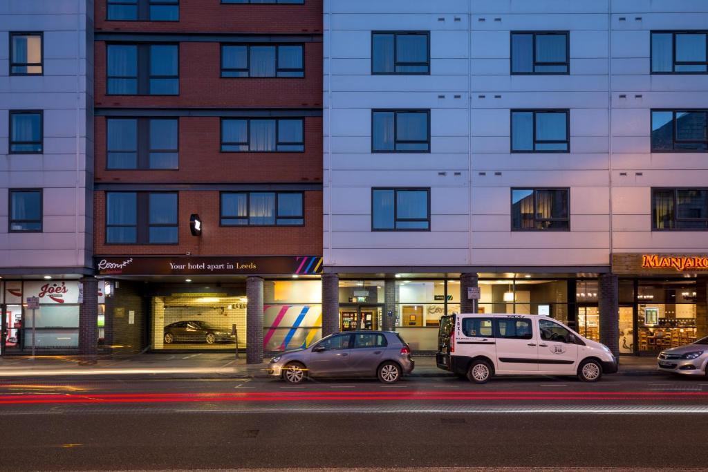 West Apartment Reviews