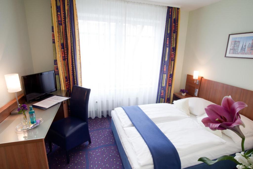 Hotel Hanseport In Hamburg