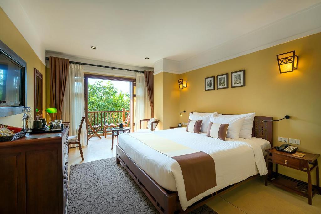 Phòng Deluxe Giường Đôi/2 Giường Đơn Với Ban Công - Cánh Cổ Điển