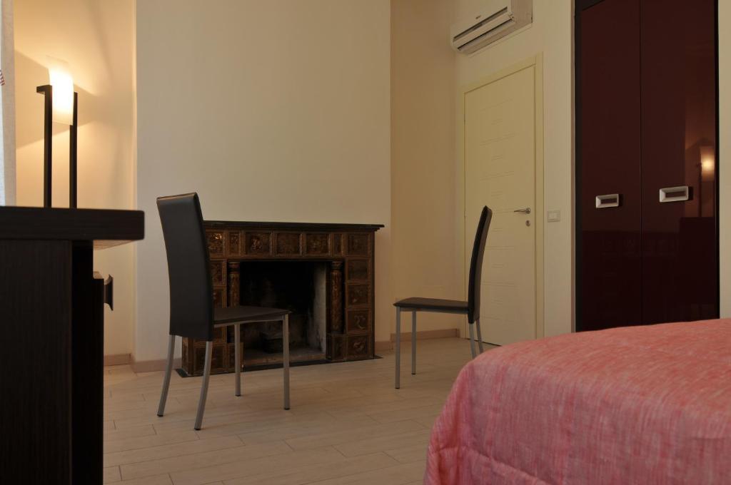 B b il grifone pistoia reserva tu hotel con viamichelin - B b canto alla porta vecchia pistoia ...