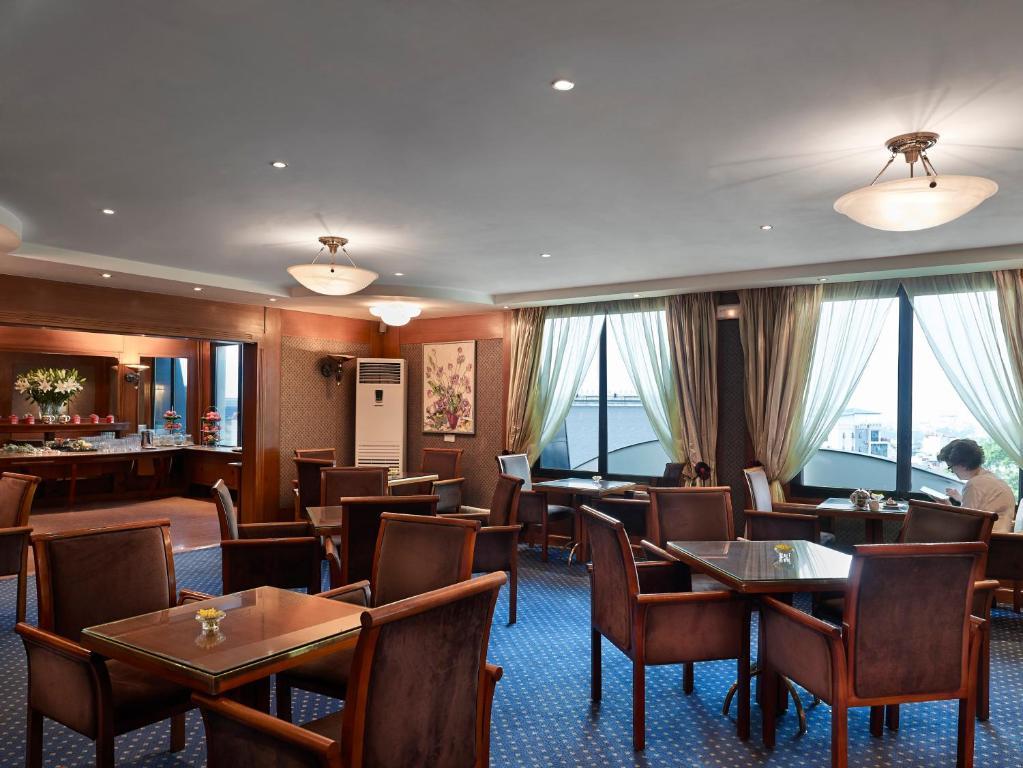 Phòng Hilton Executive Giường đôi có quyền lui tới Executive Lounge