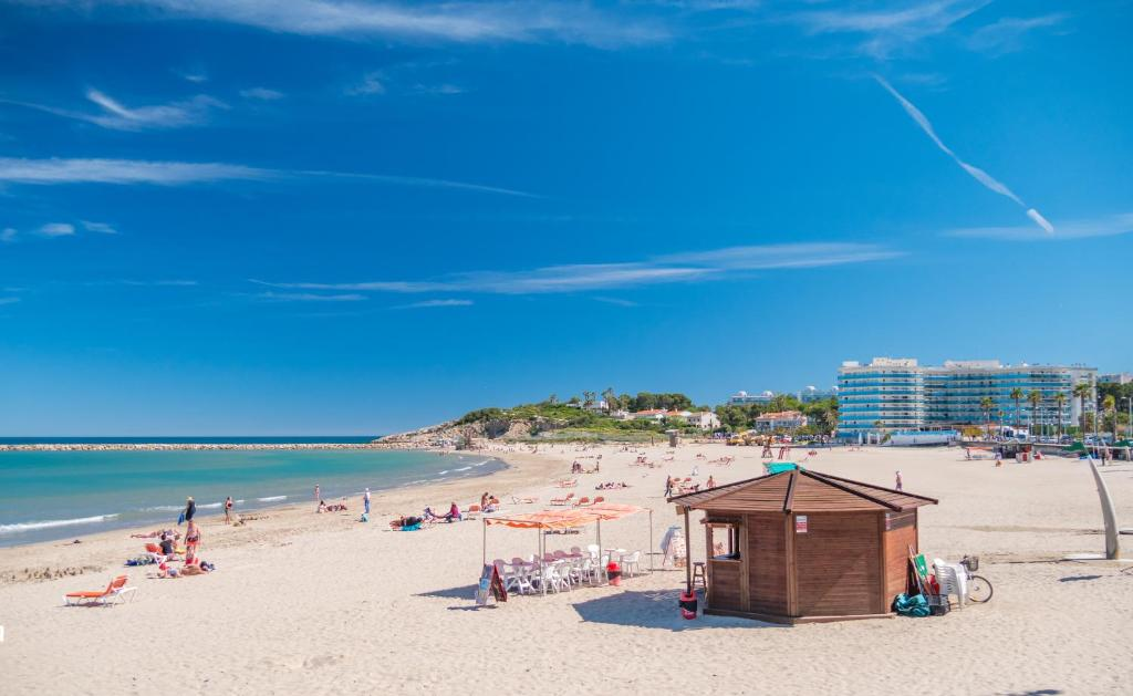 Golden Donaire Beach Hotel Website