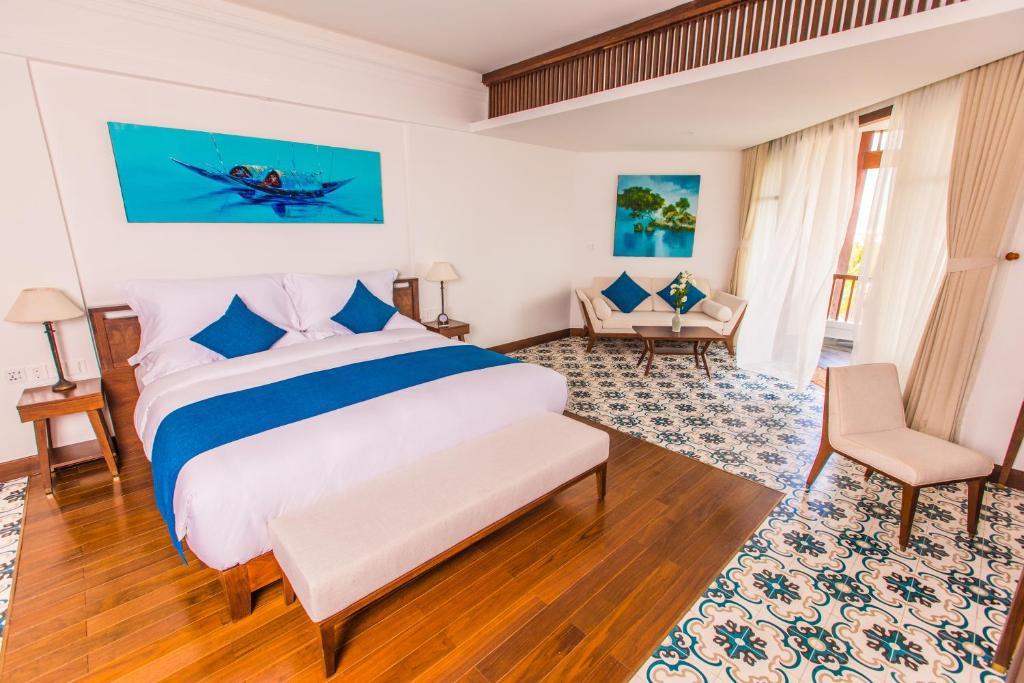 Phòng Có Giường Cỡ King, Ban Công Và Tầm Nhìn Ra Biển