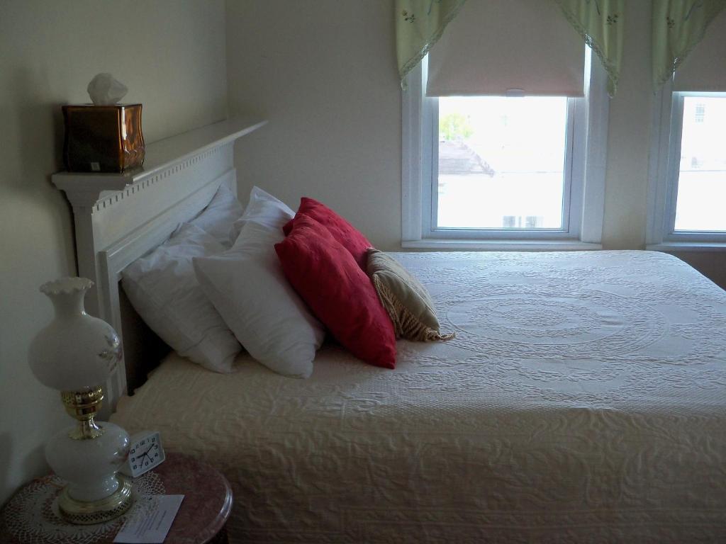 Holly Beach Hotel Wildwood Nj
