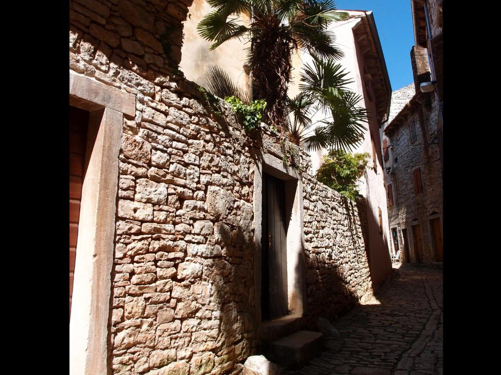 Holiday Home Camelot (Croacia Bale) - Booking.com