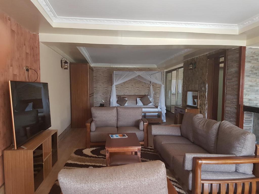 Nokras Riverine Hotel & Spa