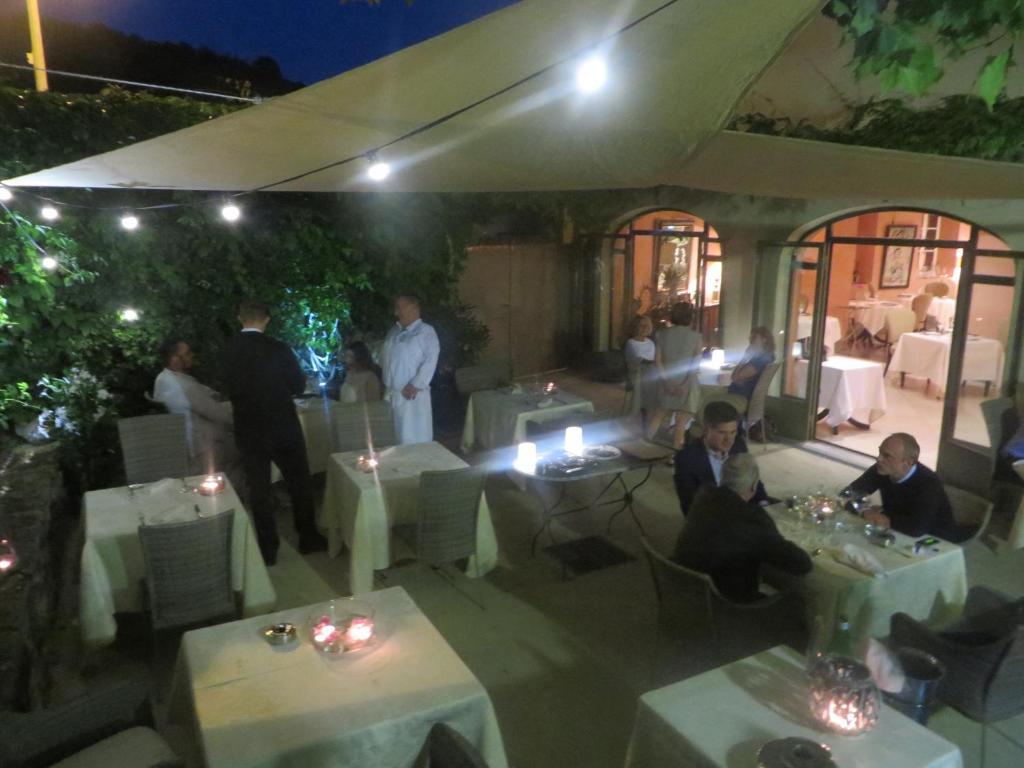 Chartron Restaurant Saint Donat