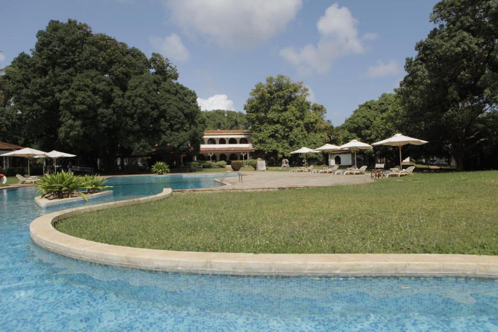 <div data-et-view=NAFQCDCcdXDPdFO:1</div Mwembe Resort Malindi
