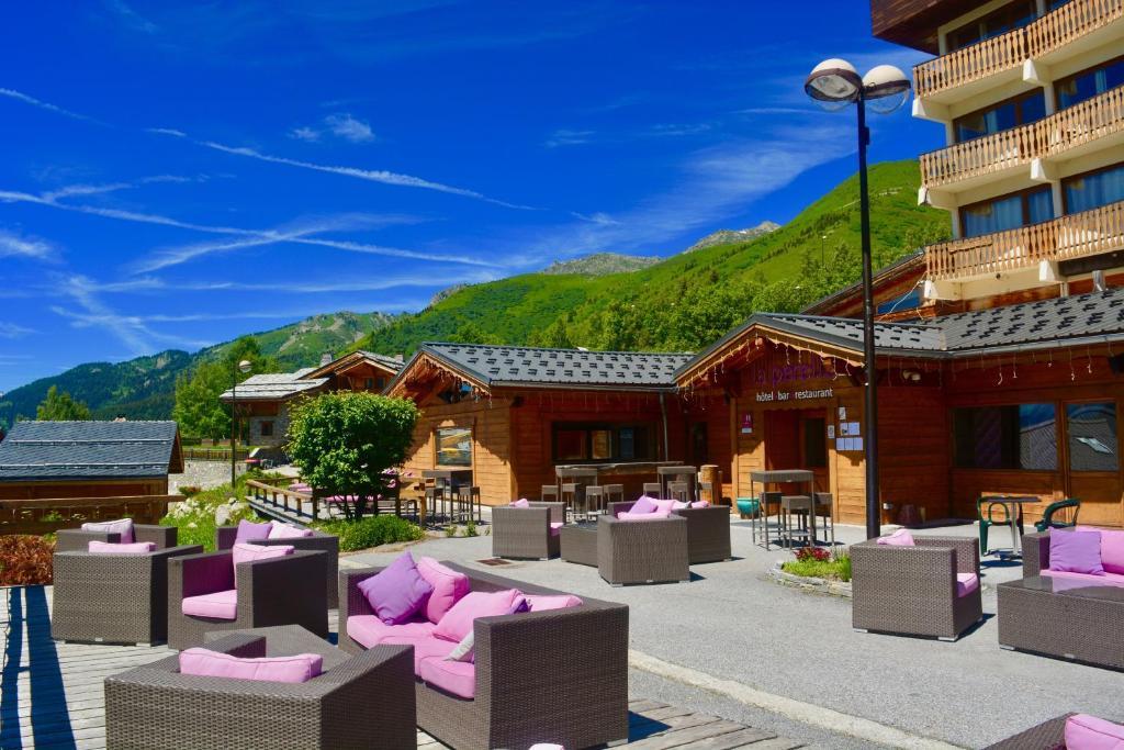 Hotel la perelle saint francois longchamp for Bus saint avre la chambre saint francois longchamp