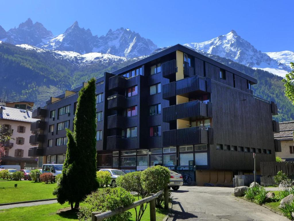 Apartment le mummery 4 chamonix mont blanc book your for Hotels chamonix