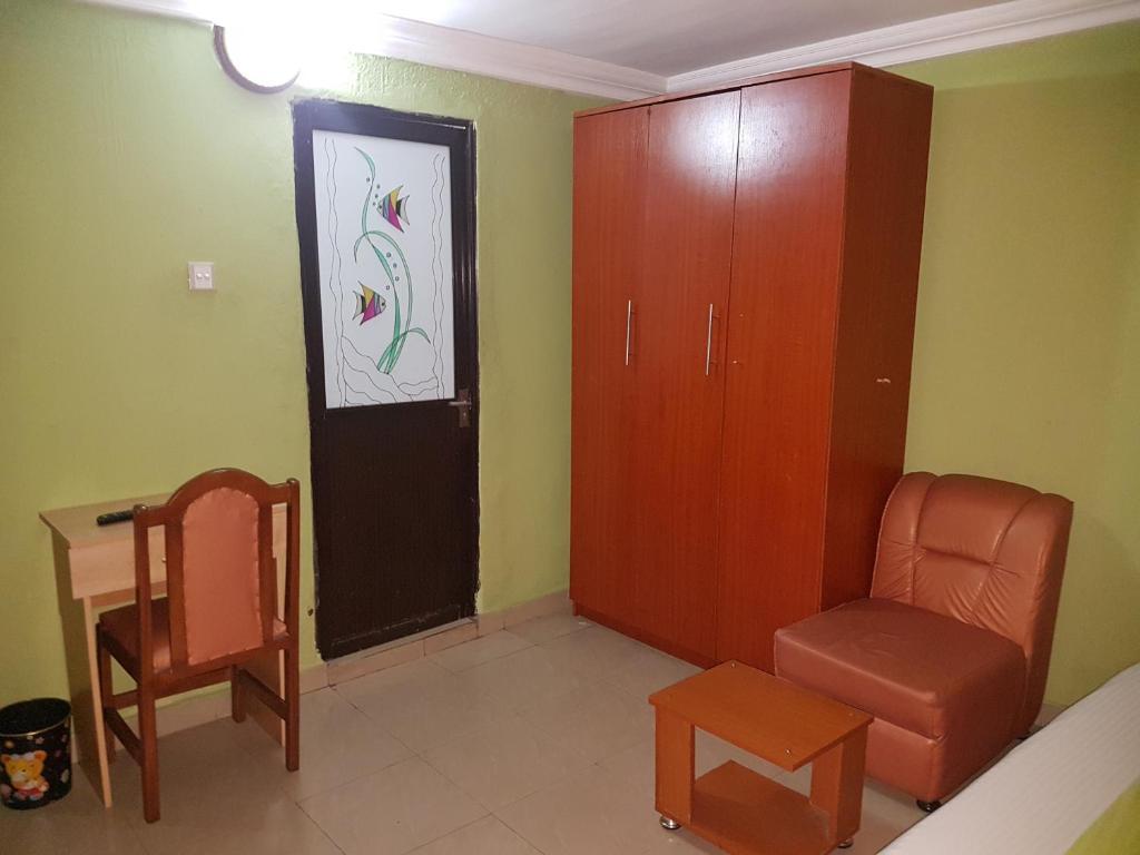 Terris Hotel & Suites