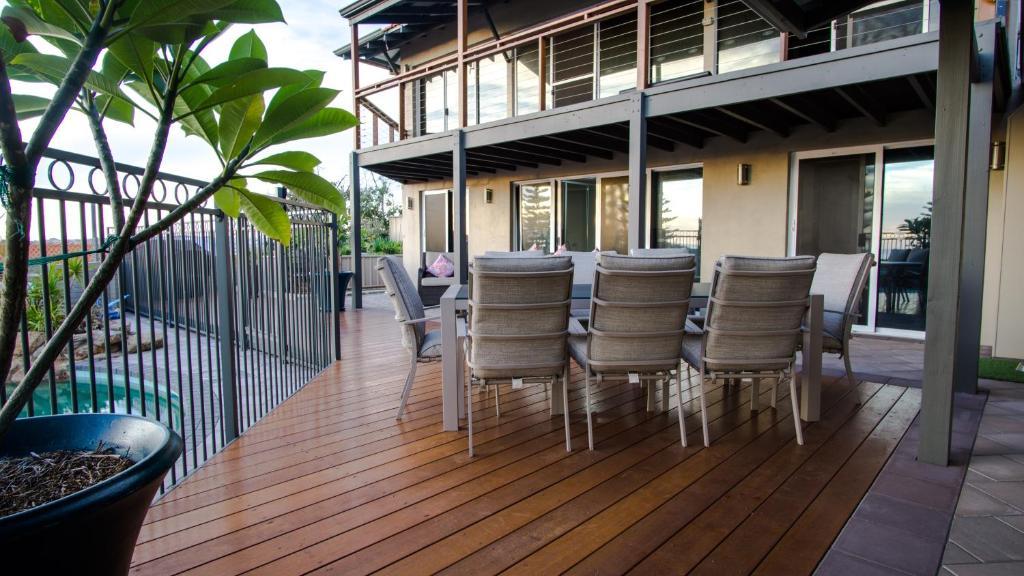 Hotels Perth Smoking Rooms